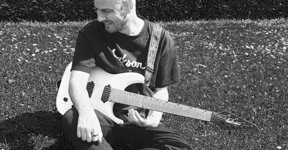 Clément LONGUET, professeur de guitare et guitariste